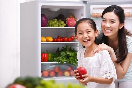 Cung cấp đầy đủ vitamin và khoáng chất cho trẻ sẽ giúp trẻ tăng sức đề kháng vượt qua mùa đông lạnh giá.