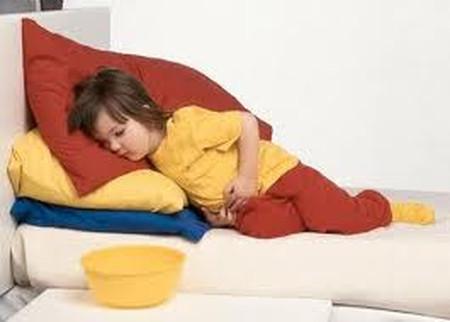 Đau bụng tái diễn ở trẻ em có nguy hiểm không?