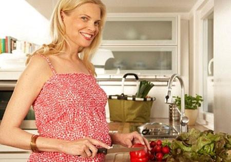 Chọn rau củ tươi, có nguồn gốc rõ ràng để bữa ăn ngon miệng và an toàn hơn.