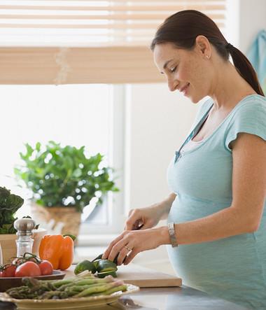 Bổ sung dinh dưỡng để phòng chống thiếu máu.