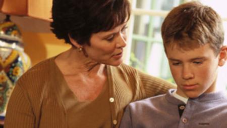 Nếu con bạn thường xuyên thủ dâm có nghĩa là cháu có những biểu hiện yếu kém về mặt tinh thần.
