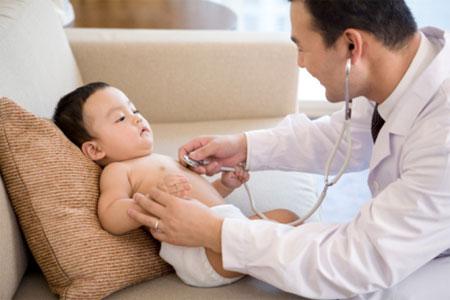Dấu hiệu bệnh trẻ em chớ nên coi nhẹ