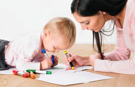 Học vẽ giúp bé phát triển khả năng quan sát và tăng tính nhạy cảm đối với cuộc sống.