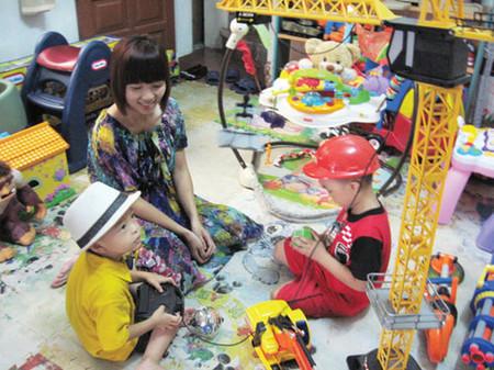 Các bé không chỉ được chơi thoải mái món đồ chơi mình yêu thích, bố mẹ còn tiết kiệm một khoản tiền lớn.