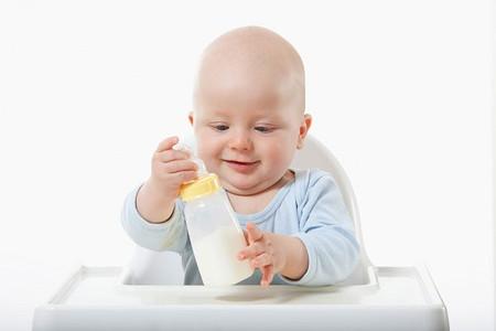Sữa có thể thay thế bữa sáng cho trẻ?