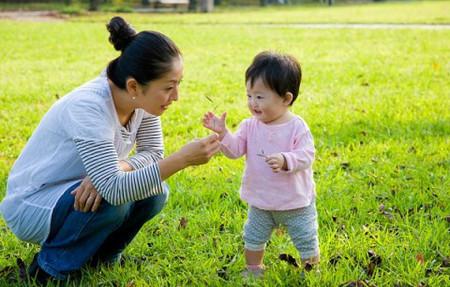 Con mới 14 tháng có nên gửi trẻ?