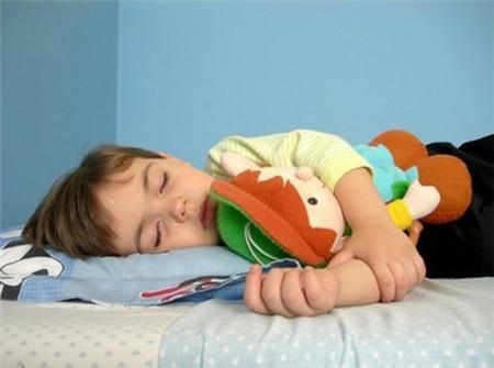 Trẻ đái dầm có nguy hiểm?