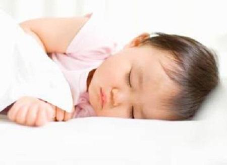 Để trẻ ngủ đủ và thoải mái theo nhu cầu của riêng.