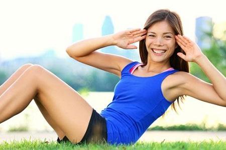 Chế độ ăn uống lành mạnh cùng với vận động tích cực sẽ cải thiện vóc dáng.