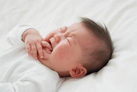 Điều trị bệnh nấm miệng ở trẻ thế nào?
