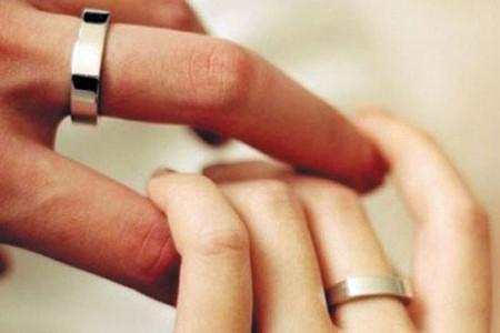 Việc kết hôn mang lại rất ít lợi ích sức khoẻ với người có sức khoẻ yếu.
