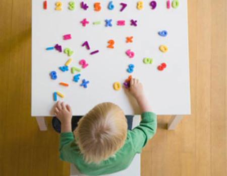 Chơi với các con số giúp trẻ học toán tốt hơn