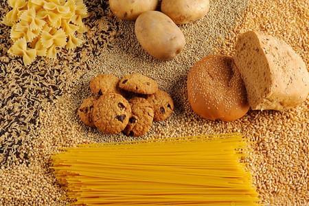 Chế độ ăn nhiều carbohydrate tinh chế, như bánh mì trắng, mì ống và bánh quy có thể ảnh hưởng đến quá trình thụ thai.
