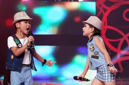 Rmah Thanh Xuân và Nhật Minh ghép đôi trong bài hát Vũ điệu twist xuân