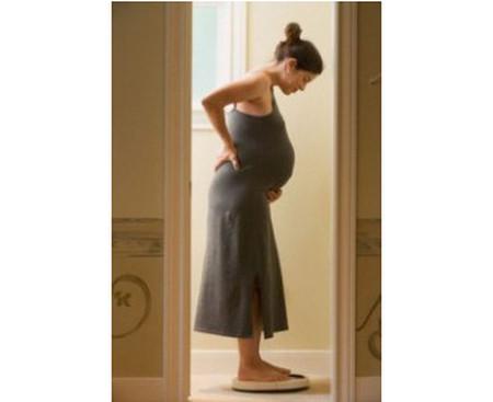 Đối với chị em mang thai song sinh, tăng nhiều cân là chuyện bình thường.