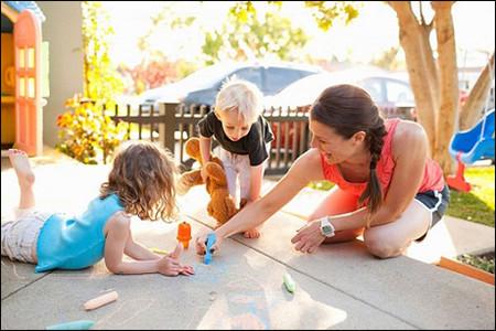 Ít đồ chơi giúp trẻ em Pháp phát huy khả năng sáng tạo