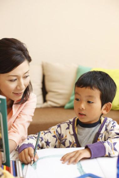 Ép con học đủ 2,3 tiếng mỗi ngay không đem lại tác dụng gì