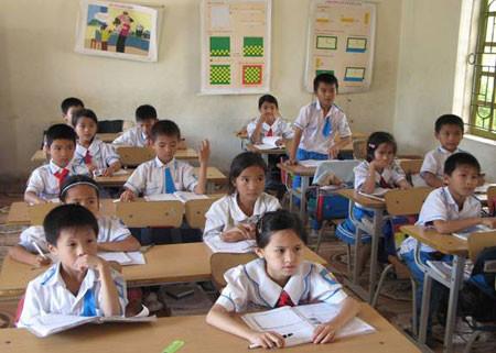 Luân phiên làm cán bộ lớp thúc đẩy học sinh chủ động, sáng tạo trong học tập