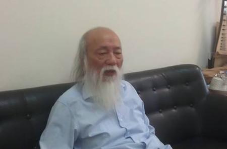 """Giáo sư Văn Như Cương cho rằng: """"Tiểu học chỉ nên vừa học vừa chơi, phụ huynh không nên quá lo lắng"""""""