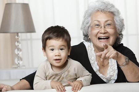 Mâu thuẫn gia đình vì bà nội chăm cháu dường như là một chủ đề khá nóng và muôn thuở mà hầu như nàng dâu nào cũng gặp phải