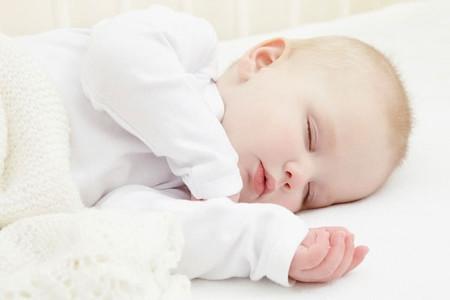 Mẹ nào cũng muốn bé có chiều cao hoàn hảo vì thế, hãy để bé ngủ thật ngon giấc