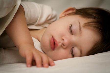 Giúp bé ngủ ngon và sâu hơn mỗi đêm