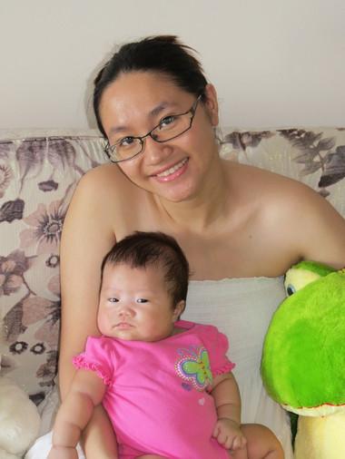 Bé Yenny bụ bẫm khi 2 tháng tuổi nhờ sữa mẹ.