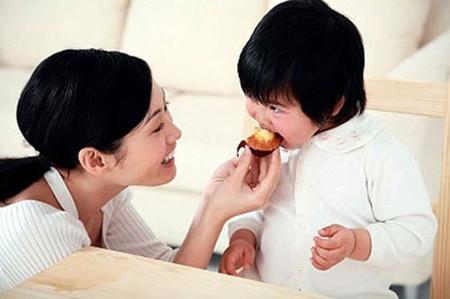 Dạy cho bé hết tính ích kỷ không khó