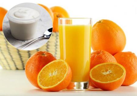 Sự kết hợp cam với sữa gây ra ảnh hưởng đến tiêu hóa và hấp thụ sữa trong cơ thể bé.