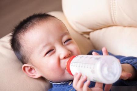 Con mình mê sữa ngoại lắm, vừa cao vừa thơm