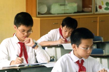 Cận thị học đường đang ngày càng gia tăng