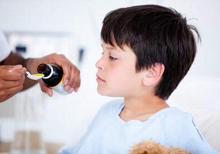 Những điều cần lưu ý khi dùng thuốc ho cho trẻ