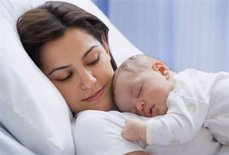 Đừng nghĩ rằng vì bé là con của bạn nên bạn có thể hiểu tất cả những gì đang xảy ra với bé.