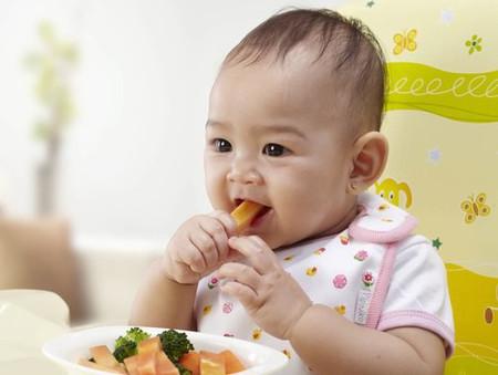 Chê bai thức ăn sẽ khiến trẻ nảy sinh tâm lý tiêu cực