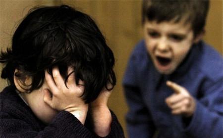 Cha mẹ chính là người phải trang bị cho con những kỹ năng để đối phó với những rắc rối trong cuộc sống.