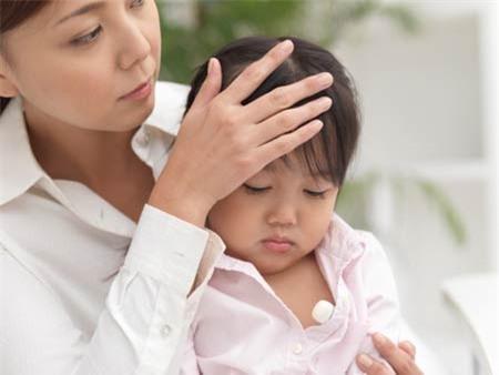 """Hệ miễn dịch được ví như """"hàng rào chắn"""" tự nhiên bảo vệ cho cơ thể trước các tác nhân gây bệnh, đặc biệt đối với trẻ nhỏ."""