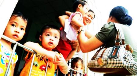 Một nhóm trẻ gia đình tại quận Bình Tân, TP.HCM