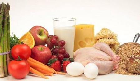 Phụ nữ sau phẫu thuật thai ngoài tử cung cần chú ý chế độ ăn uống