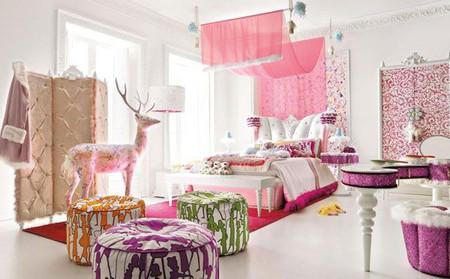 Thiết kế phòng ngủ ngọt ngào và đầy mơ mộng mang phong cách hoàng gia.