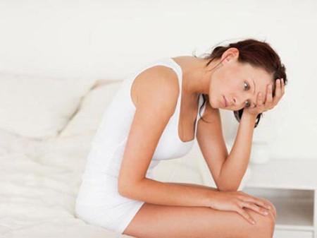 Những chị em có chu kì kinh nguyệt không đều có nguy cơ bị ung thư buồng trứng cao gấp hai lần so với những người có chu kì đều đặn.