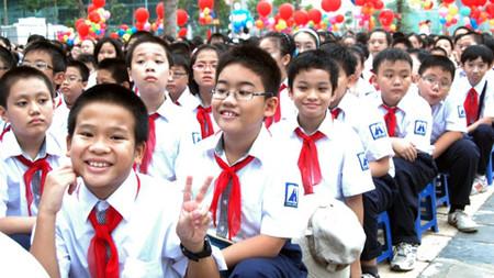Hãy để trường lớp luôn mang lại niềm vui cho trẻ.