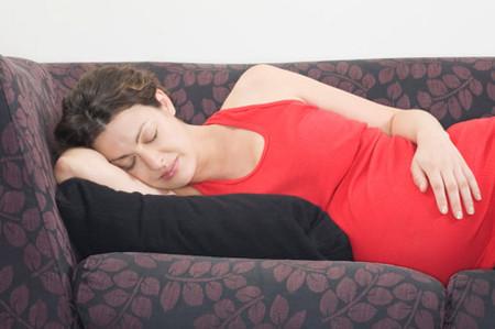 Nghén nặng có thể gây biến chứng nghiêm trọng cho mẹ và bé