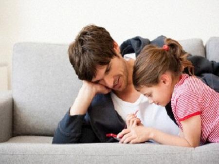 Con gái cần được cha dạy dỗ những gì?