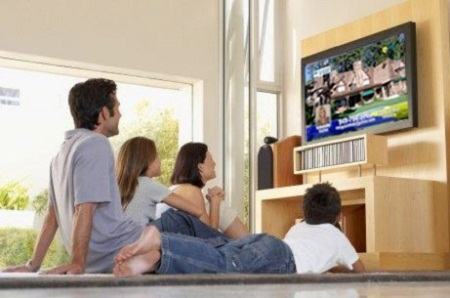 Xem TV có ảnh hưởng như thế nào đối với trẻ?